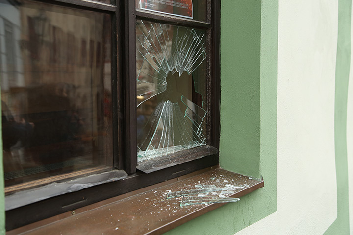 A2B Glass are able to board up broken windows while they are being repaired in Dartford.